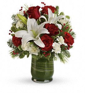Holiday Hues Bouquet in Bakersfield CA, White Oaks Florist