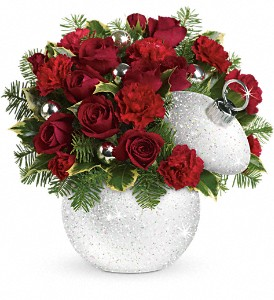 Teleflora's Shimmering Snow Bouquet in South Haven MI, The Rose Shop