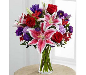 Vallejo City Floral Stunning Beauty� Bouquet in Concord CA, Vallejo City Floral Co
