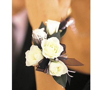 5 White Mini Roses Wristlet in Chicago IL, Prost Florist