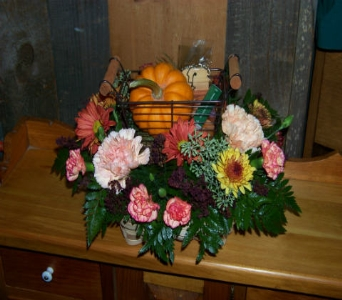 BOUNTIFUL BASKET in Claremont NH, Colonial Florist