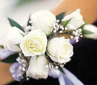 White Spray Roses  in Warren MI, Downing's Flowers & Gifts Inc.