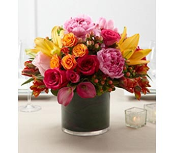 Table Centerpiece in Kennebunk ME, Blooms & Heirlooms ��