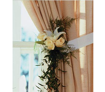 Home Ceremony Curtain Cluster in Oklahoma City OK, Capitol Hill Florist and Gifts