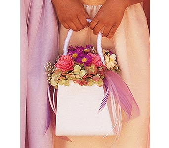 Sweetheart Purse in Waukegan IL, Larsen Florist