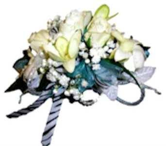 Corsage in Sugar Land TX, Nora Anne's Flower Shoppe