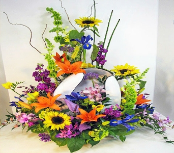 Huddart Bed Pan Bouquet in Salt Lake City UT, Huddart Floral