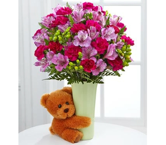 The Big Hug� Bouquet by FTD� - deluxe in Arlington VA, Twin Towers Florist