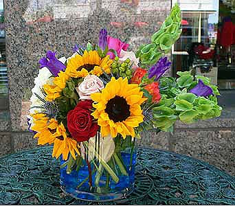 Sunflower Fever in Houston TX, River Oaks Flower House, Inc.