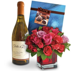 Romantic Set Up by Nature Nook� in Cleves OH, Nature Nook Florist & Wine Shop