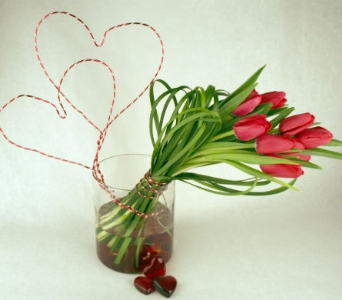 Heart Strings in Indianapolis IN, McNamara Florists