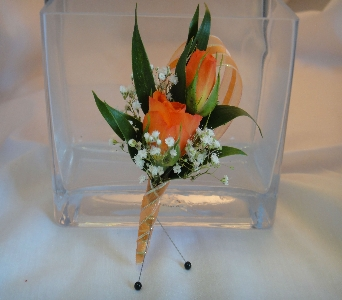 Orange Spray Roses with Babies Breath in Greenville SC, Expressions Unlimited