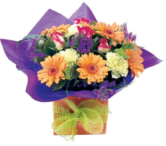 Congratulations Flowers in flower-delivery, United Kingdom, Petals