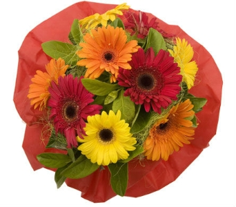 Birthday Flowers in flower-delivery Britain, Petals