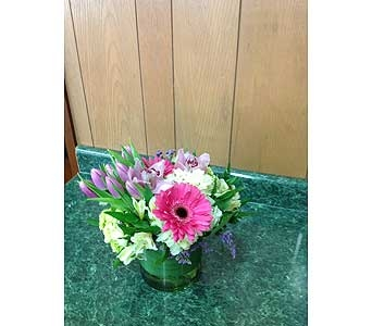 Fresh Vase Design 02 in Dorchester MA, Lopez The Florist
