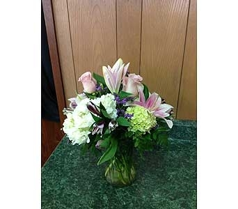 Fresh Vase Design 11 in Dorchester MA, Lopez The Florist