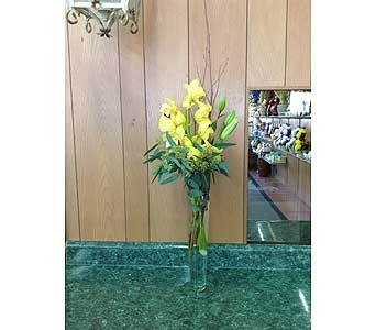 Fresh Vase Design 14 in Dorchester MA, Lopez The Florist