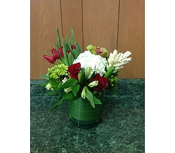 Fresh Vase Design 20 in Dorchester MA, Lopez The Florist