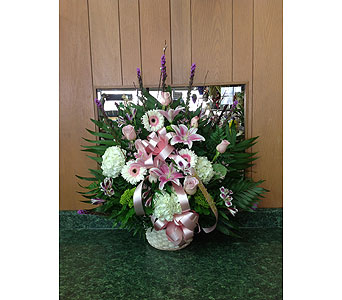 Tribute Basket 20 in Dorchester MA, Lopez The Florist