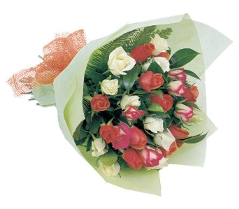 Anniversary Flowers in flower-delivery, United Kingdom, Petals