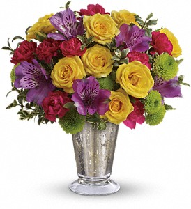 Teleflora's Fancy That Bouquet in Santa Claus IN, Evergreen Flowers & Decor