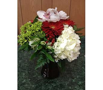 Fresh Vase Design 32 in Dorchester MA, Lopez The Florist