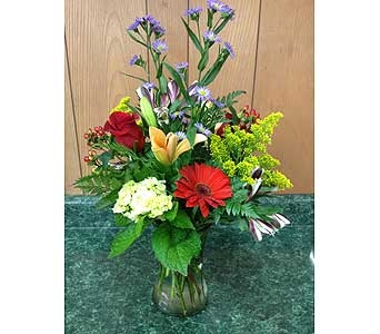 Fresh Vase Design 41 in Dorchester MA, Lopez The Florist