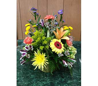Sunshine Basket in Dorchester MA, Lopez The Florist