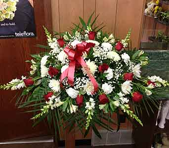 Classic Tribute Casket Spray 02 in Dorchester MA, Lopez The Florist