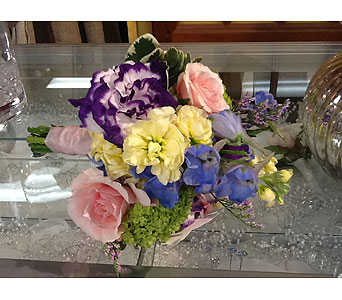 Communion in Massapequa Park NY, Bayview Florist & Montage  1-800-800-7304