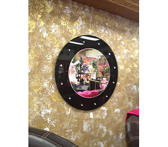 Fashionable Mirror in New Castle PA, Butz Flowers & Gifts
