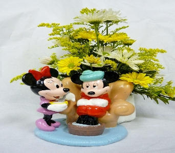 MICKEY AND MINNIE in Pittsburgh PA, Harolds Flower Shop