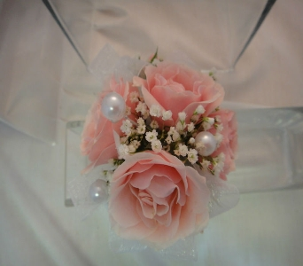 Pink spray roses in Greenville SC, Expressions Unlimited