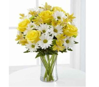 The Sunny Sentiments� Bouquet by FTD�  in Southfield MI, Thrifty Florist