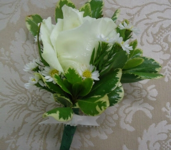 Wonderful White Rose Boutonniere in Saratoga Springs NY, Dehn's Flowers & Greenhouses, Inc