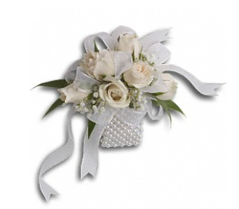 White Whisper Wristlet in Fairfield CT, Tom Thumb Florist