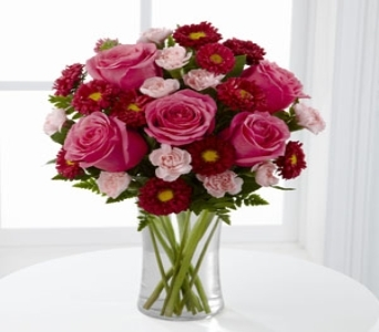 The FTD� Precious Heart� Bouquet C15-4790 in Wichita KS, Lilie's Flower Shop