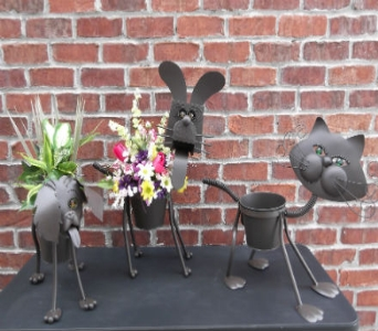 ANIMAL PLANTERS in Circleville OH, Wagner's Flowers