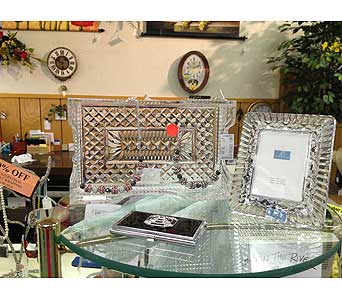 Crystal Giftware in New Castle PA, Butz Flowers & Gifts