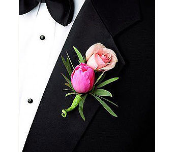 Boutonniere in San Antonio TX, Blooming Creations Florist