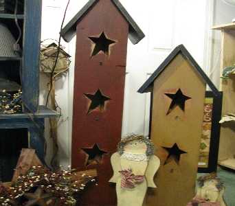 Lighted Star Birdhouse in Oakland City IN, Sue's Flowers & Gifts