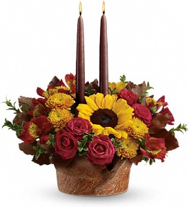 Teleflora's Sunny Thanksgiving Centerpiece in Reno NV, Bumblebee Blooms Flower Boutique