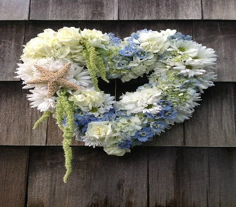 Seaside Wreath in Guilford CT, Guilford White House Florist