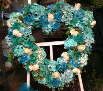 Aqua Heart Tribute in Frankfort IL, The Flower Cottage