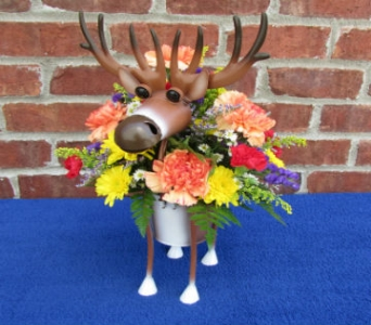 MINIATURE DEER PLANTER-for local delivery only in Circleville OH, Wagner's Flowers