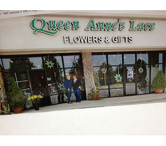 Custom Product in Brownsburg IN, Queen Anne's Lace Flowers & Gifts
