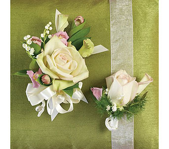 Green Weddings 9 in Albuquerque NM, Silver Springs Floral & Gift
