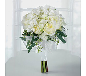 White Wedding 45 in Albuquerque NM, Silver Springs Floral & Gift