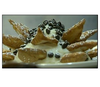 Vaccaro''s Cannoli Chips & Dip in Baltimore MD, Raimondi's Flowers & Fruit Baskets