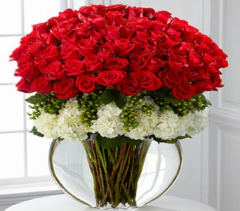 Lavish Rose Bouquet - 75 Stems in Arizona, AZ, Fresh Bloomers Flowers & Gifts, Inc